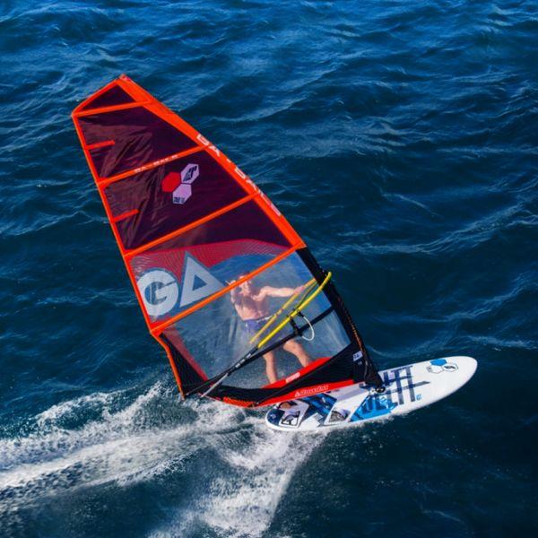 Bullit 2018 155L-es komplett Surf 6'4m2-es Gaastra Hybrid vitorlázattal