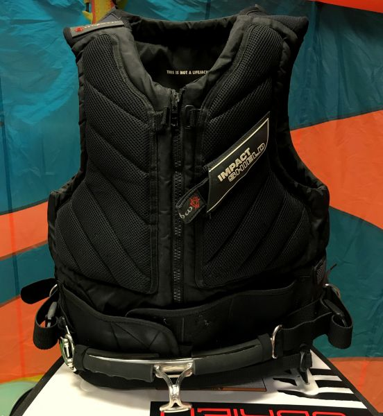 mystic, kite, kiteboarding, kitesurf, watersport, sport, extreme, foil, mellény, mentőmellény, life vest